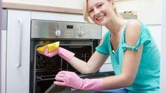 Trucuri rapide de curăţat cuptorul