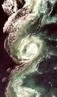 Well this is fascinating... :: The golden ratio appears every 6 hours at the Maelstrom of Saltstraumen in Norway