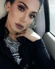 Wearing lashes in Scarlett & in Flirt SC RealHudaBeauty Huda Beauty Lipstick, Beauty Makeup, Eye Makeup, Hair Makeup, Hair Beauty, Makup Tutorial, Bombshell Makeup, Huda Kattan, Photo Makeup