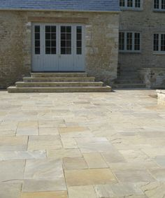 York Stone paving and flagstone suppliers. Always first grade material available… - Modern Colorful Patio, Patio Design, Paving Stones, Front Garden