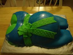 baby shower cake, first attempt at prego belly
