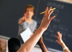 Αναθέσεις μαθημάτων Γυμνασίου και Γενικού Λυκείου    10-06-16 Αναθέσεις μαθημάτων Γυμνασίου και Γενικού Λυκείου  Δημοσιεύτηκε στο ΦΕΚ τ. Β αρ. 1670/10-6-16 η απόφαση του Υπουργού  Παιδείας Έρευνας και Θρησκευμάτων για τις αναθέσεις μαθημάτων  Γυμνασίου και Γενικού Λυκείου οι οποίες θα ισχύσουν από το σχολικό  έτος 2016-17.Το σχετικό ΦΕΚΧαράλαμπος Κ. Φιλιππίδης Μαθηματικός