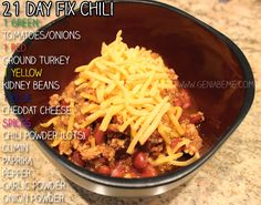 21 Day Fix Chili | Geniabeme Beauty Blog - this is a very filling lunch or dinner recipe for the #21dayfix program! via wwww.geniabeme.com
