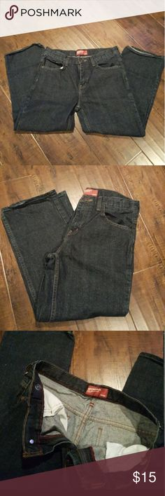 "Boys Arizona Jeans Husky Boy's dark blue jeans, straight cut. In excellent and clean condition. Size 14 Husky, hardly used, like new. Elastic adjustable waist. Measurements 30"" waist and 24"" inseam. Price is firm #husky Arizona Jean Company Bottoms Jeans"