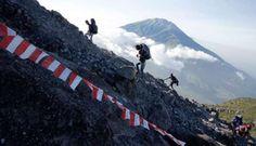 Merapi Akan Dilengkapi Tempat Selfie Pendaki