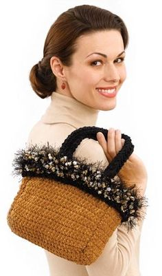 Free+Crochet+Pattern+Lion+Brand | Free Crochet Pattern 50139 Evening Tote : Lion Brand Yarn Company