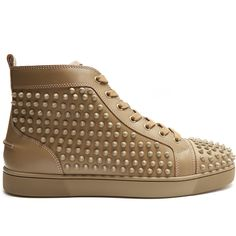 Christian Louboutin Louis spike-embellished high-top trainers (21,085 MXN) ❤ liked on Polyvore featuring men's fashion, men's shoes, men's sneakers, mens spiked sneakers, christian louboutin mens shoes, christian louboutin mens sneakers, mens spiked shoes and mens leather sneakers