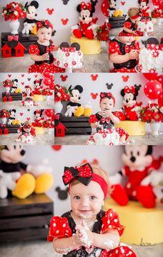 Tema de smash the cake menina  Minnie Mouse / Minnie vermelho / vermelho e amarelo / Mickey Mouse / Walt Disney  katia cunha fotografia especializada em fotografia Gestante, família e newborn em curitiba , bolo personalizado banho de banheira www.facebook.com/katiacunhafotografia www.instagram.com/katiacunhafotografia www.katiacunhafotografia.com (41)99943-2138 #katiacunhafotografia #ensaiofotografico #smashthecake 1st Birthday Photoshoot, 1st Birthday Party For Girls, 1st Birthday Cake Smash, Baby Girl 1st Birthday, Minnie Mouse Roja, Minnie Mouse Party, Second Birthday Photos, Mickey Mouse Clubhouse Birthday, Twins 1st Birthdays