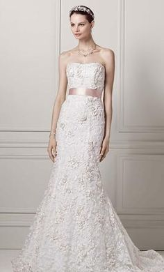 Oleg Cassini CWG464: buy this dress for a fraction of the salon price on PreOwnedWeddingDresses.com
