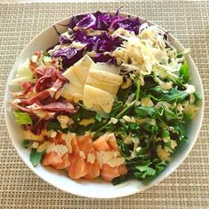 MY KETO LAND AND SEA BOWL! Crisp fried strips of prosciutto marbled fatty salmon sashimi shaved pecorino cheese sauerkraut cilantro crunchy purple cabbage arugula on a bed of crisp iceberg lettuce with my ranch dressing (recipe in my new cookbook #KetoEssentials) Cilantro helps the body detoxify by binding to heavy metals when they come out of your fat tissues during weight loss! #keto #ketogenic #ketodiet #lchf #lowcarb #salad #highfatheaven . . . . #lchf #lowcarb #fatfueled #ketodiet…