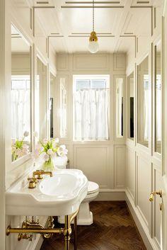 A home with a modern twist in Portland, Oregon # home . A home with a modern twist in Portland, Oregon # Interior Modern, Bathroom Interior Design, Interior Exterior, Interior Decorating, Decorating Ideas, Interior Architecture, White Bathroom Decor, Small Bathroom, Bathroom Lighting