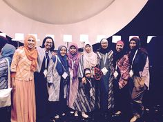 Dengan DIAMOND dan EXECUTIVE timku minus Amelia Dafa Finda Oktafianti dan Doris Aminah Nasution   photo and caption by kak Sharah  #OriflameDiamondConference2016