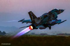 https://flic.kr/p/JdZ1CM | Afterburner Thursday! © Nir Ben-Yosef (xnir)