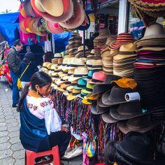 Mercado artesanal de Otavalo #Quito #Ecuador