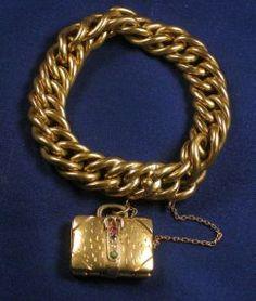 18kt Gold Bracelet with Charm
