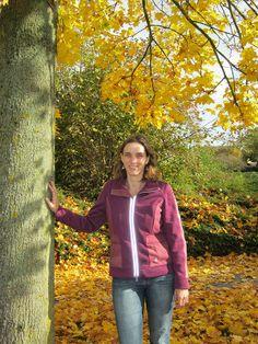 Mijn naam is Marjolein van den Hof. Sinds november 2011 heb ik een praktijk voor kindercoaching en ouderondersteuning in Dronten. Daarnaast geef ik zwangerschapscursussen en cursussen babygebaren.