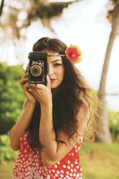 Anna Kim Photography - Hawaii Photographer - Creative bridesmaid wedding photo