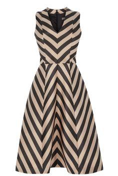 Stripe Fit and Flare - Longer Length Lovely Dresses, Simple Dresses, Day Dresses, Casual Dresses, Short Dresses, Fashion Dresses, Dress Outfits, Dress Long, Chevron Dress