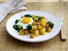 Unser beliebtes Rezept für Würzige Bratkartoffeln mit Spinat und Spiegelei und mehr als 55.000 weitere kostenlose Rezepte auf LECKER.de.
