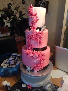 Pink and black wedding cake  ( bad background!)   ~ all edible #Black #Wedding #Cake
