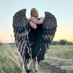 """""""Halloween wings #birdcostume #wingscotume #angelwings"""" Halloween Wings, Halloween Costumes, Bird Wings Costume, Gothic Angel, Angel Images, Eagle Wings, Black Feathers, Photo Archive, Fashion Show"""