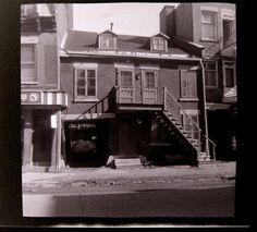 Panet en face de Sainte-Rose-Monréal-1972 | Flickr - Photo Sharing! Montreal Ville, Still Standing, Far Away, Old Pictures, Photos, History, House Styles, Rose, Building