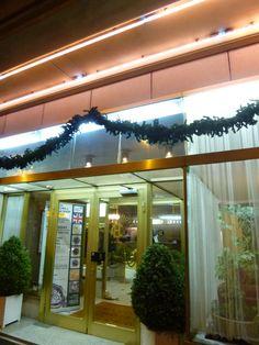 """Grand Hotel Cravat"", Luxembourg Central, Luxembourg, Novembre"