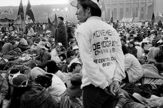 Chinese Democracy Movement, 1989 Photo credit: Patrick Zachmann — at Tiananmen Square, Beijing. Fotojournalismus, Dragon Dance, Largest Countries, Communism, Magnum Photos, Photo Credit, The Past, Beijing