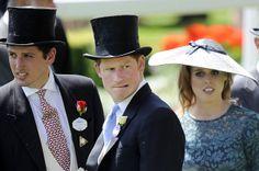 In diesem Jahr begleitete Prinz Harry seine Großmutter erstmals offiziell. Die 88-Jährige ist eine begeisterte Reiterin und Pferdezüchterin.