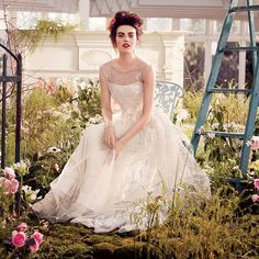 Romantic Wedding Dresses Inspired by Downton Abbey's Lady Mary : Brides