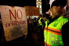 Ecuador está abriendo la reserva Yasuní para el petróleo.