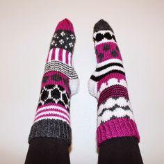 Handmade in Finland. Knitting Stiches, Knitting Socks, Hand Knitting, Knitting Patterns, Crochet Socks, Knit Or Crochet, Marimekko Fabric, Pink Socks, Wool Socks