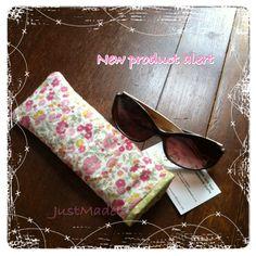Glasses case Sock Monkeys, New Product, Sunglasses Case, Socks, Crafty, Fashion, Moda, Fashion Styles, Hosiery