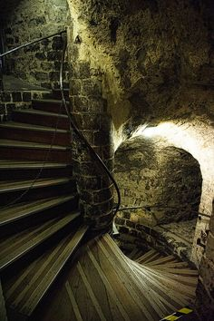 Staircase in Edinburgh Castle, Scotland Edinburgh Castle is an historic fortress which dominates the skyline of the city of Edinburgh, Scotland Places Around The World, The Places Youll Go, Places To See, Around The Worlds, Scary Places, Haunted Places, Abandoned Places, Tower Of London, Stairway To Heaven