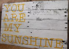 Pallet Typography Sign