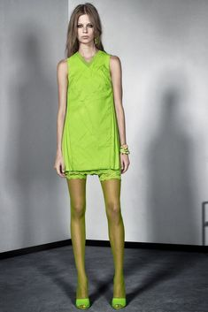 Versace Resort 2016 - Collection - Gallery - Style.com  http://www.style.com/slideshows/fashion-shows/resort-2016/versace/collection/12