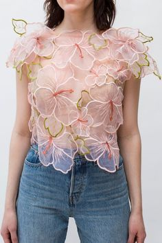Hibiscus Organza Floral Top - An alluringly elegant short sleeve in a relaxed fit flower top. Hand wash in cold water, lay flat t - Fashion Details, Fashion Design, Looks Chic, Mode Outfits, Mode Style, Diy Clothes, Indian Fashion, Blouse Designs, Floral Tops