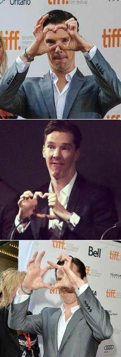 Battlefield Counterstrike is hopeless at making heart signs.that was put before me, its Benedict Cumberbatch Benedict Sherlock, Sherlock John, Sherlock Holmes Serie, Jim Moriarty, Sherlock Quotes, Benedict Cumberbatch Meme, Benedict Cumberpatch, Sherlock Poster, Johnlock