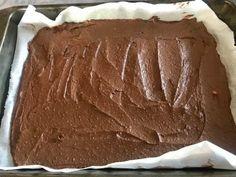 Avokádové brownies s čokoládou a vlašskými ořechy Brownies, Tiramisu, Ethnic Recipes, Desserts, Food, Cakes, Postres, Cake Makers, Deserts