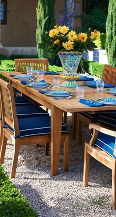 Our Cassara Dining Collection offers a full menu of options to suit your space, with additional pieces to create a complete outdoor dining experience. Each piece is handcrafted from plantation-grown teak that has been kiln dried to eliminate expansion and shrinkage.