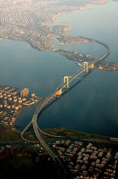 Throggs Neck Bridge connecting the Bronx and Queens.