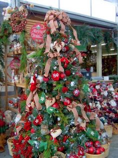 114 best country christmas images on pinterest christmas crafts country christmas tree solutioingenieria Images