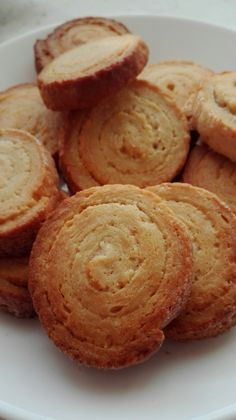 Galletas Philadelphia - Titi Tutorial and Ideas Cookie Recipes, Dessert Recipes, Gourmet Desserts, Plated Desserts, Carrot Cake Cookies, Cheesecake Cake, Biscuit Cookies, Savoury Cake, I Love Food