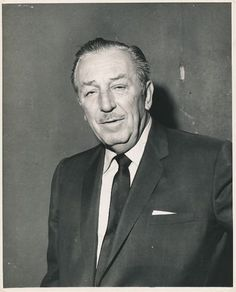 1950's Original Photo WALT DISNEY Portrait http://facebook.com/tresorsdisney