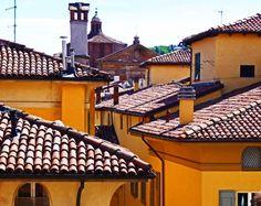 Bologna: Bologna la rossa >> Scopri le Offerte!