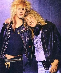Duff and Steven Adler, Guns 'n Roses. This looks like a magazine shoot. They're both so young, it's sad that Adler is so sick. Still.