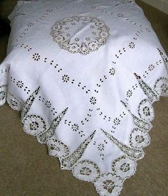 Image detail for -Wonderful Antique Bobbin Lace and Linen Cutwork Tablecloth