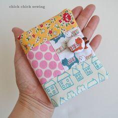 chick chick sewing: Patchwork card holder (puppy version) パッチワークのカードホルダー(ワンちゃん柄)