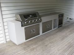 Get some inspiration for your Built In BBQ area, Come and talk to us about your Built in BBQ area. With a huge range of BBQ Outdoor Kitchens available.