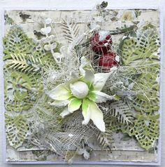 Card Christmas Wreaths, Holiday Decor, Cards, Home Decor, Holiday Burlap Wreath, Maps, Interior Design, Home Interior Design, Home Decoration